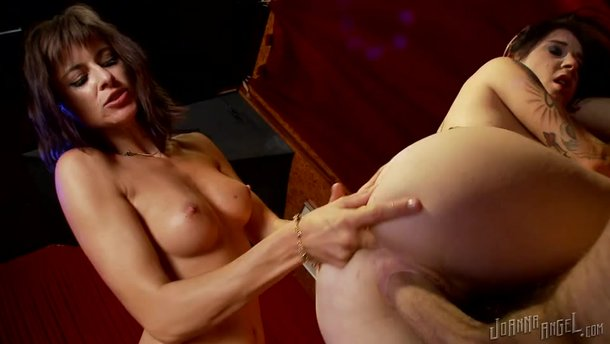 Squirting While Riding Bbc