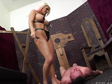 dominant blonde babe loves getting her pussy eaten before sex