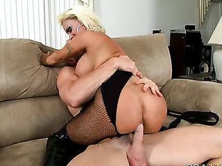 corset-wearing milf slut gets