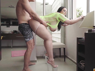 You Smoking milf fucks 2 guys (Camaster) love sex. I'm
