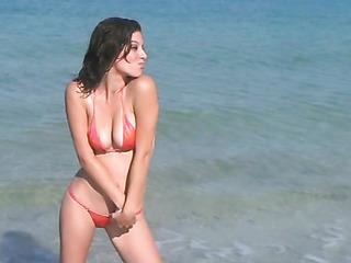 curvy chick red bikini