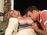 hot mature milf got her hairy pussy drilled by a younger stud