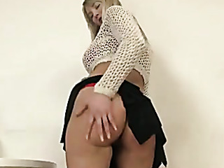 all-natural blonde milf red