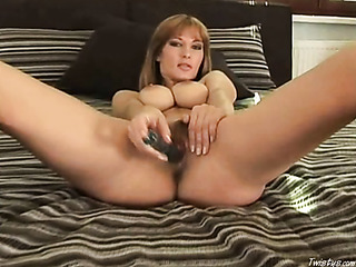 hairy pussy milf with