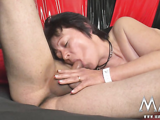 mature brunette have sex
