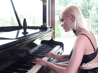 playing piano before hard