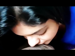 indian babe kissing dick