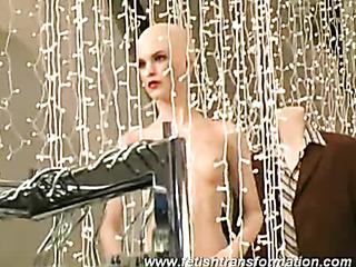 naked alive mannequins