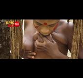 Saggy tits ebony showing horny pussy