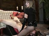 Maitresse Madeline slaps