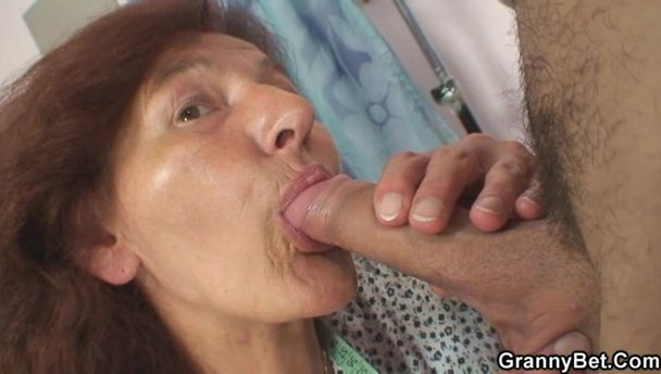 Hot wet mature pussy