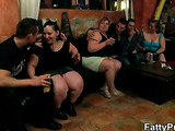 Spin the bottle leads to BBW orgy