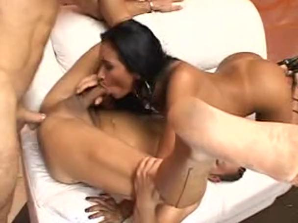 Black Girl White Threesome