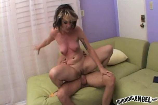 ladyboy mobiele Porn
