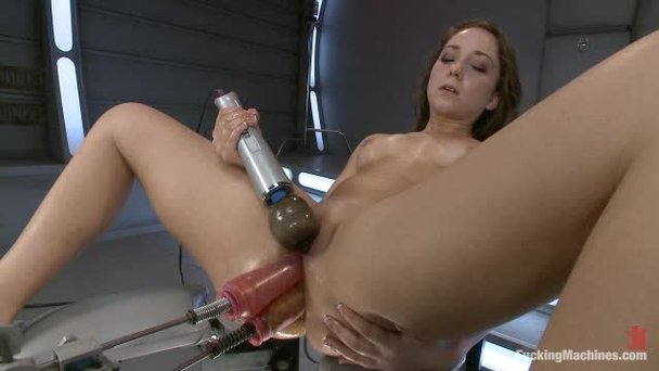 Huge Dildo Machine Porn