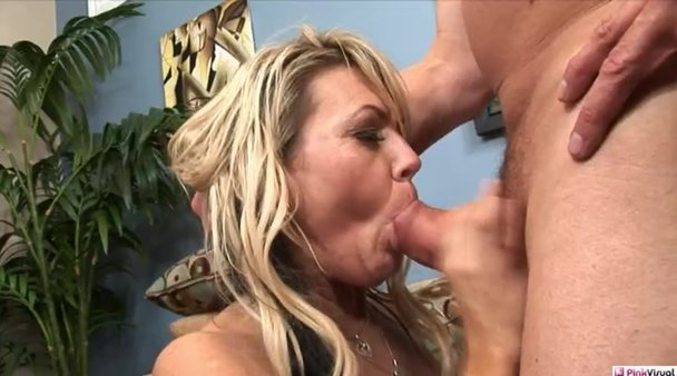 Hot mature housewives
