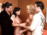 Hot housewives sucking cocks video