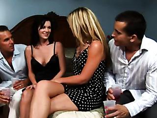 фото секс бисексуалов свингеров поряца порно