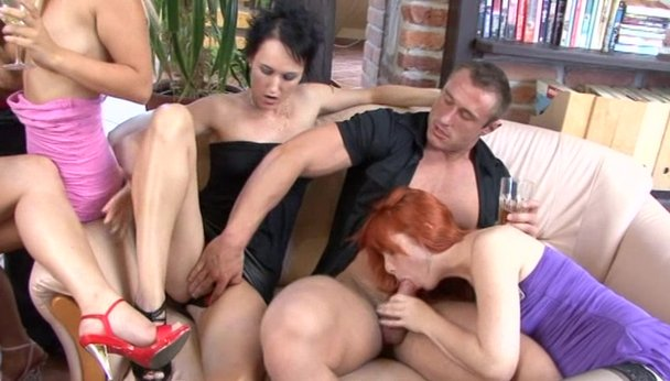 Porn-milfs spread legged in g strings