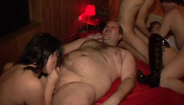 Swinger party home amateur video