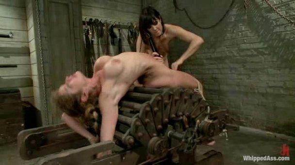 Lesbian Bondage Tube