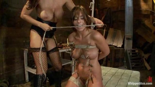Girls harness 2 bdsm rope