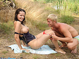 Horny dude enjoys licking fresh teen's snatch after swimming