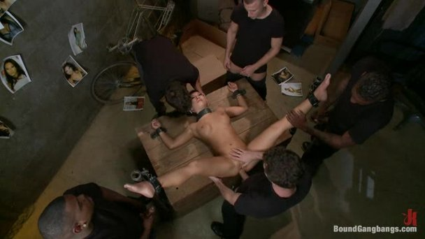 bondage free personals
