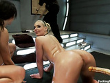 Experienced black and brunette buxoms know how to use multi-dildoed sex machine