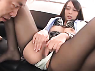office bimbo gets her