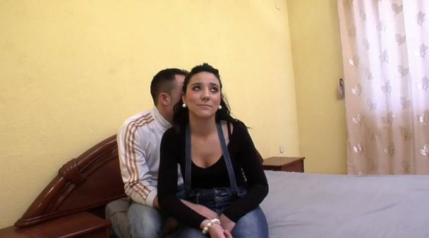 Hot 18 Year Old Latina Pussy - Hot 18 year old latina 69's lucky guy and takes his cock in ...