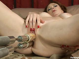 redhead darlings gets her