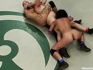 furious lesbianas porno zorras