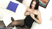 girl pantyhose fingers her