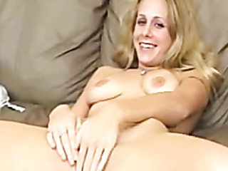 blonde lady rubs clit