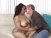 seductive chubby latina babe