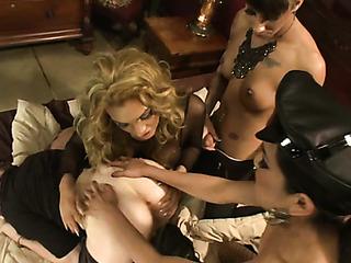 horny pervert sucks tranny's