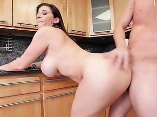 huge-titted brunette mama gets