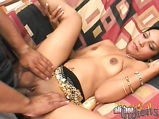 naked indian stunner blowing